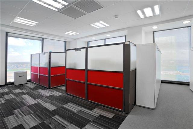 משרד קטן מעוצב
