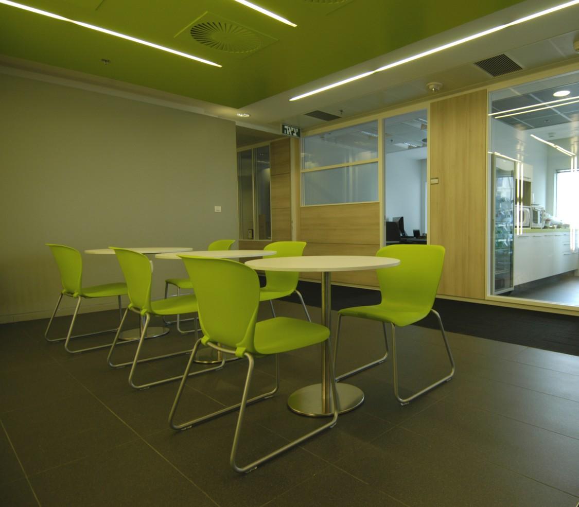 DSC_0093-xiv-cafeteria