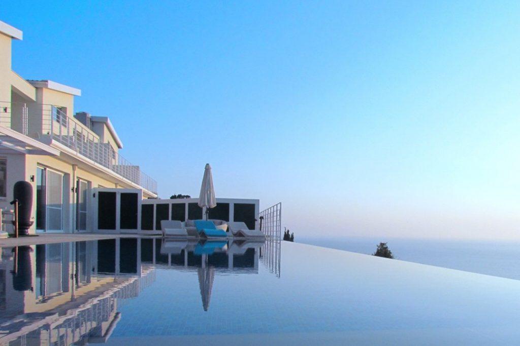 עיצוב ותכנון מלון בוטיק ביוון