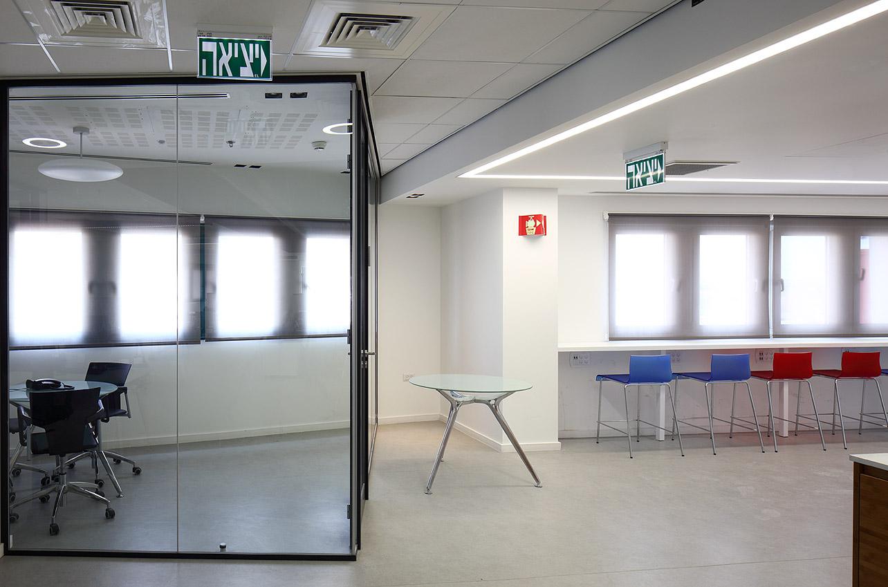 תכנון עיצוב משרדים על ידי אדריכלים ומעצבי פנים