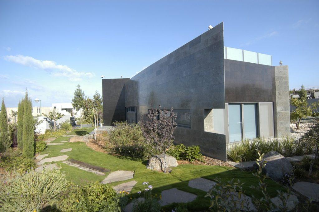 עיצוב וילה באמצעות בנייה ירוקה